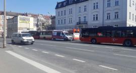 Zderzenie autobusów MZK. 18-letnia pasażerka w szpitalu