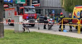 Wypadek na Podwalu. Rowerzysta w ciężkim stanie