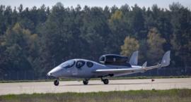 Flaris Lar 1 - trwają testy odrzutowca wyprodukowanego pod Jelenią Górą