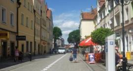 Tragedia w Bolesławcu. 44-latek wyskoczył z okna kamienicy.