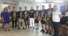 Uczniowie ZSTiL w Piechowicach w czołówce klas e-sportowych