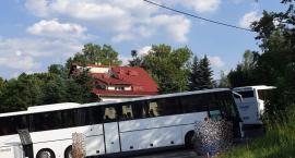 W Szklarskiej Porębie autokar zablokował ulicę