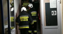 Patelnia w ogniu. Interwencja straży na ulicy Szymanowskiego