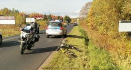Kierowca z zakazem spowodował wypadek. Niewykluczone, że kierował autem pod wpływem narkotyków.