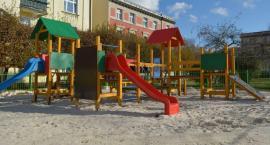 Nowy plac zabaw w Jeleniej Górze oddany do użytku