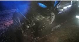 Na Zabobrzu spłonął samochód
