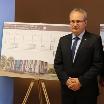 Wybory samorządowe, Zmiana burmistrza Augustowie - zdjęcie, fotografia
