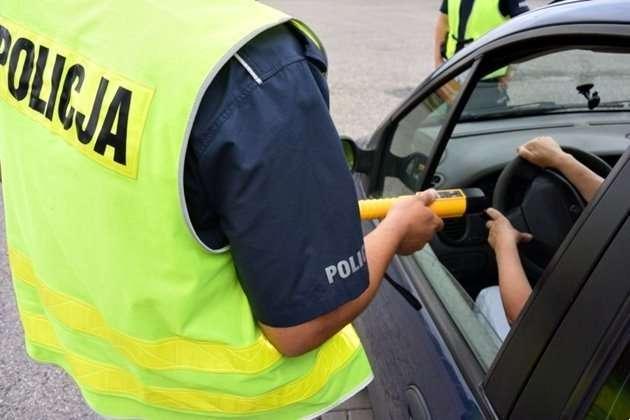 Sprawy kryminalne, Zatrzymane prawo jazdy - zdjęcie, fotografia