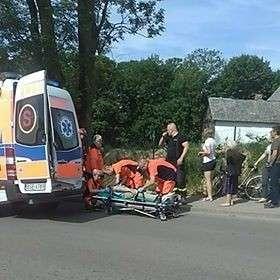 Wypadki drogowe, Potrącenie rowerzystki - zdjęcie, fotografia