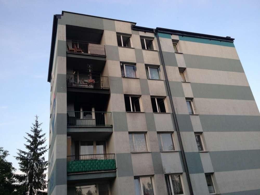 Sprawy kryminalne, Pożar bloku - zdjęcie, fotografia