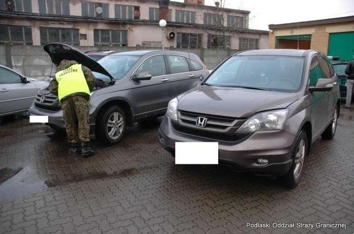 Biznes i Praca, kradzione Hondy (FOTO) - zdjęcie, fotografia