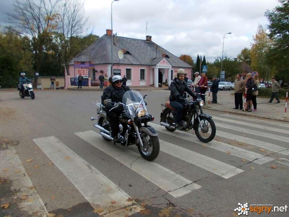 Biznes i Praca, zakończenia sezonu motocyklowego - zdjęcie, fotografia