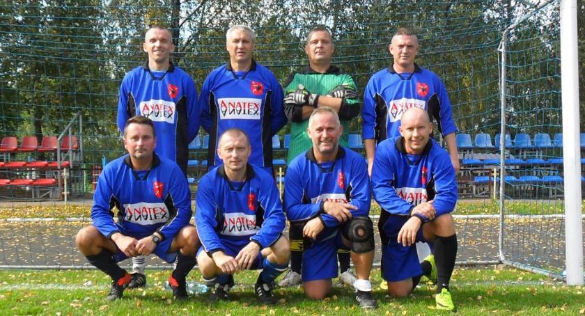 Piłka nożna, Turniej oldbojów halowej piłce nożnej - zdjęcie, fotografia