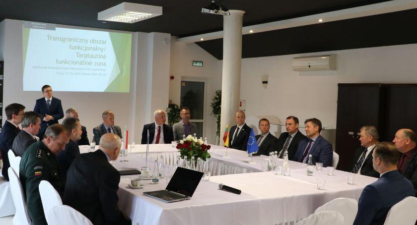 Samorząd, obszaru funkcjonalnego udziałem europarlamentarzysty władz samorządowych - zdjęcie, fotografia