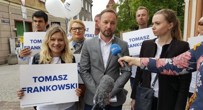 Wybory parlamentarne i europarlamentarne, Spotkanie Tomaszem Frankowskim Kandydatem Koalicji Europejskiej Parlamentu Europejskiego - zdjęcie, fotografia