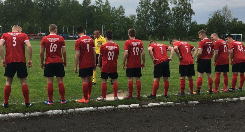 Piłka nożna, Pomorzanka uległa wyżej notowanej Rudni Zabłudów - zdjęcie, fotografia