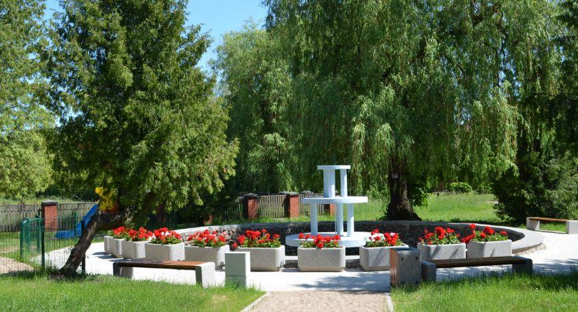 Inwestycje, Rewitalizacja parku fontanną Powiatowym Urzędzie Pracy Sejnach - zdjęcie, fotografia