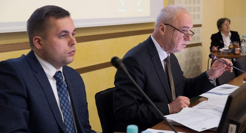 Wybory parlamentarne i europarlamentarne, Ważą senatora Podlaskiego - zdjęcie, fotografia