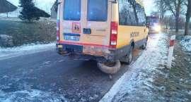 Wypadek z udziałem autobusu szkolnego