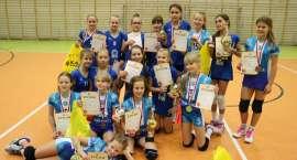 Wygrany turniej minisiatkówki w Gibach
