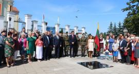 Odsłonięcie tablicy upamiętniającej pojednanie Polaków i Litwinów