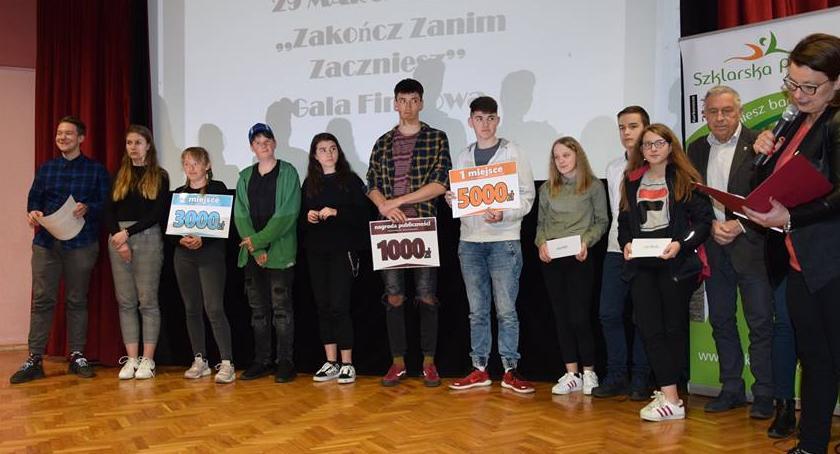 Mieszkańcy, Młodzi filmowcy przeciwko nałogom - zdjęcie, fotografia