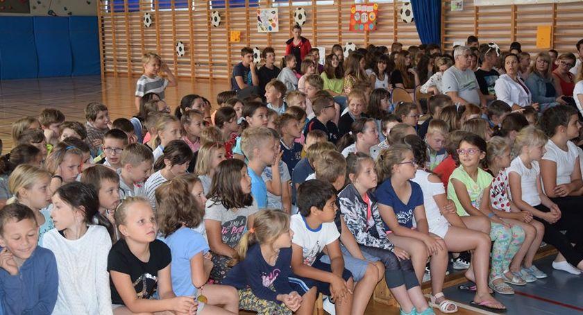 imprezy dla dzieci, Sportu Szkole Podstawowej - zdjęcie, fotografia