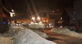 Usuwanie śniegu z centrum miasta