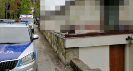 16-latka przedawkowała leki, gdyż chciała na siebie zwrócić uwagę - Policjanci zdążyli na czas