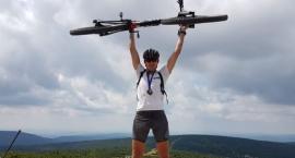 Jeleniogórski policjant zwyciężył w ekstremalnym wyścigu - rowerem na Szrenicę