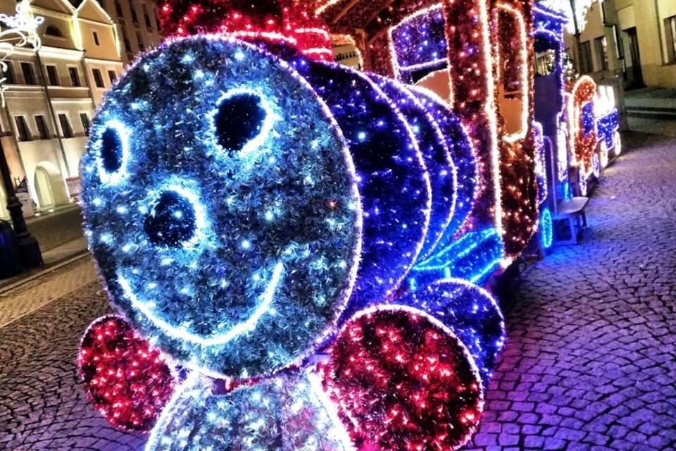Wydarzenia, grudnia rozbłyśnie Legnicy świąteczna iluminacja - zdjęcie, fotografia