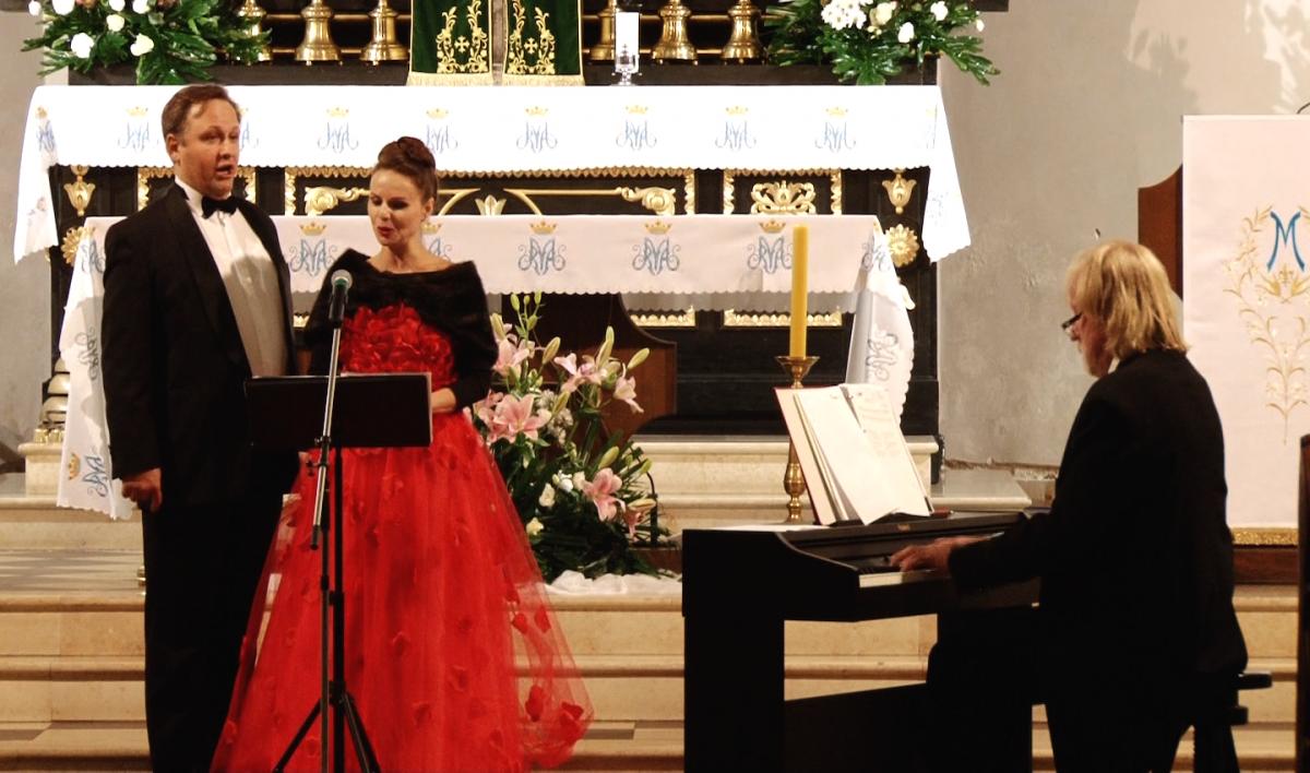 Wydarzenia, Zaśpiewali Niepodległej Chojnowie - zdjęcie, fotografia