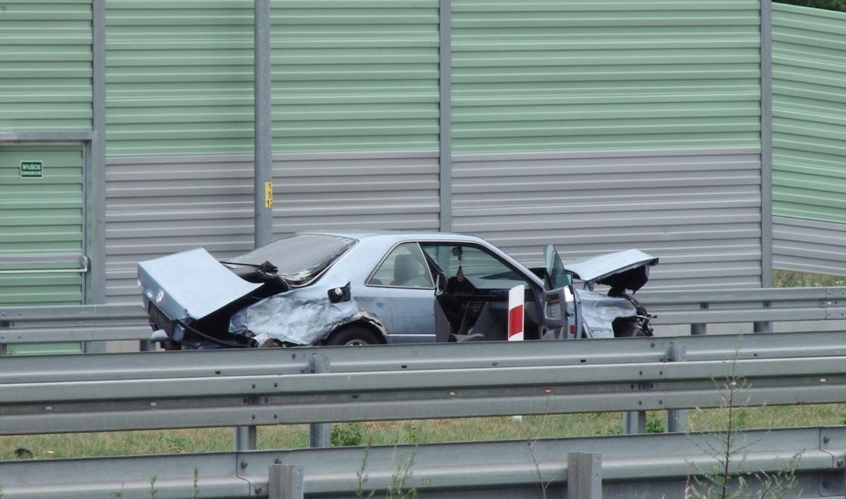 Wypadki drogowe, Pierwszy poważny wypadek - zdjęcie, fotografia