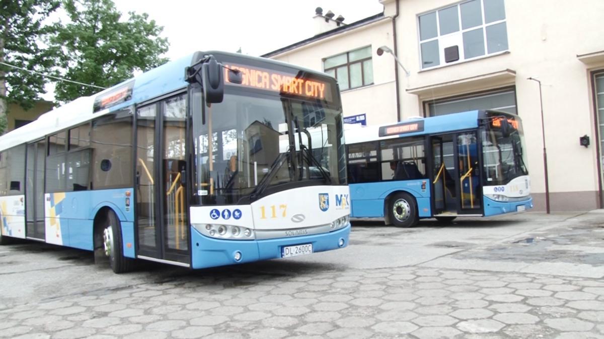 Wydarzenia, Kolejne autobusy - zdjęcie, fotografia
