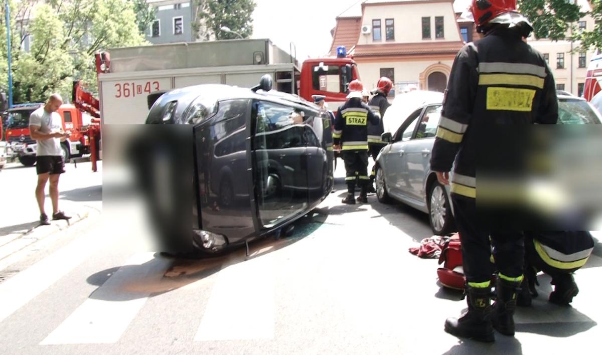 Wypadki drogowe, Wypadek Chojnowskiej - zdjęcie, fotografia