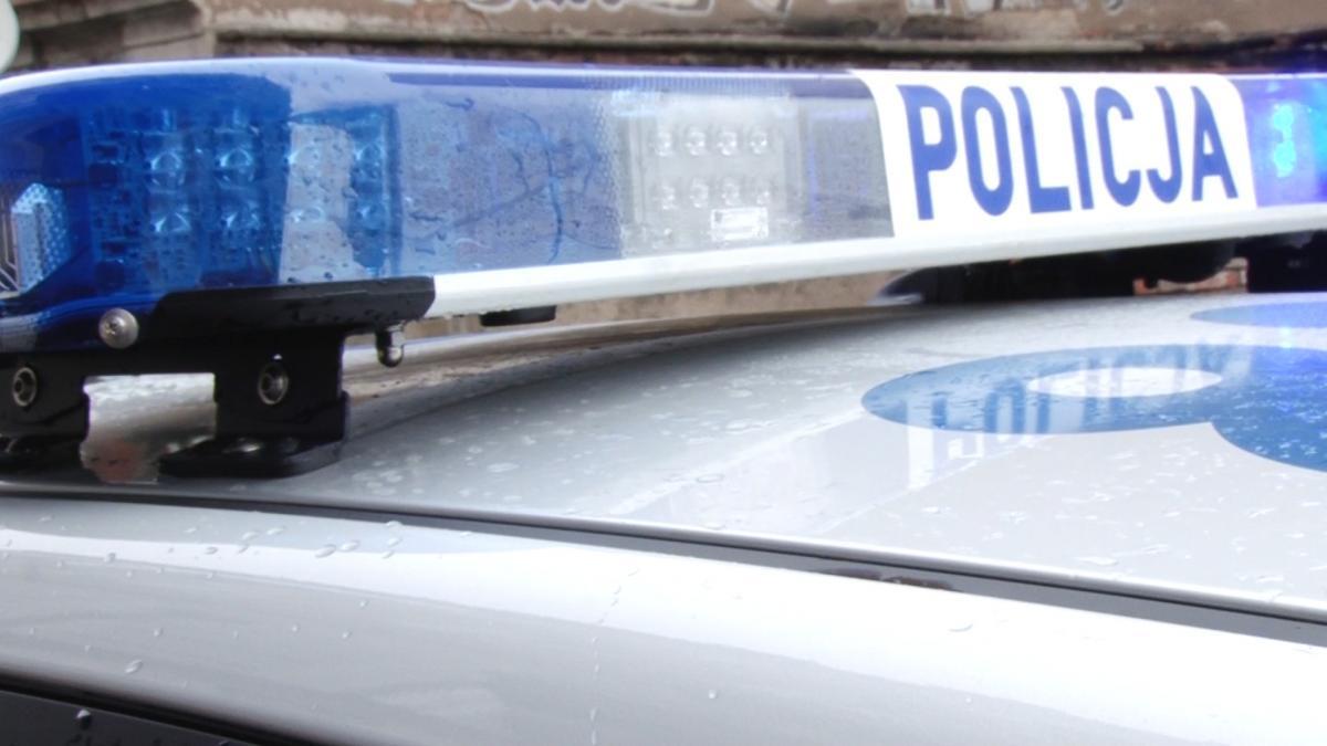 Sprawy kryminalne, Kierowca uciekał policjantom pomylił - zdjęcie, fotografia