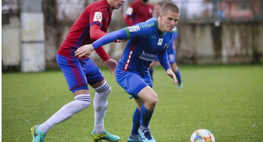 Piłka nożna, Miedź uległa sparingu rosyjskiemu pierwszoligowcowi - zdjęcie, fotografia