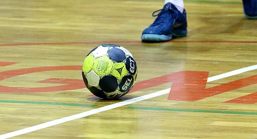 Piłka Ręczna, nazywa start przytupem! Juniorzy Siódemki zlali Kusego - zdjęcie, fotografia