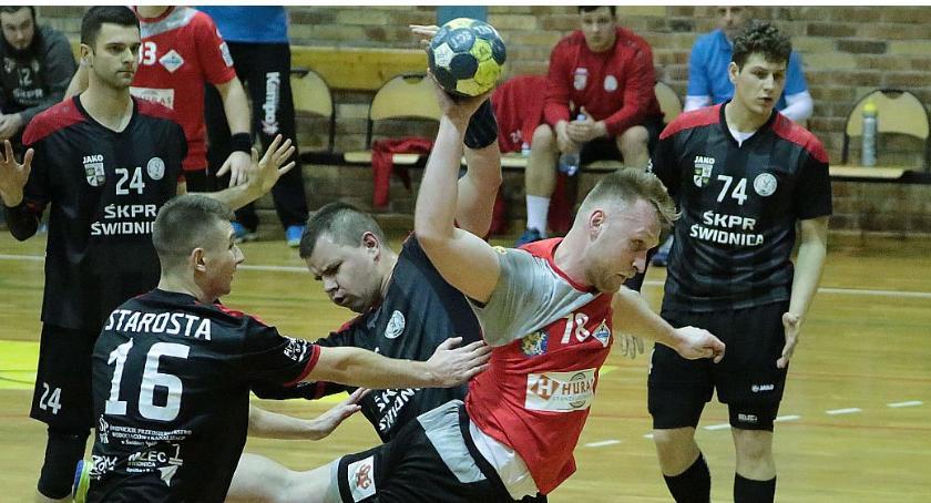 Piłka Ręczna, Derby historii Siódemka Miedź miała problemów ŚKPR - zdjęcie, fotografia