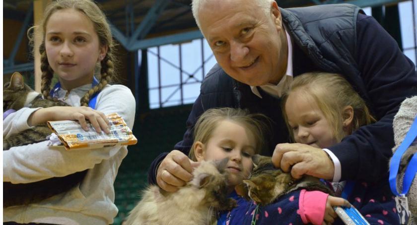 Po godzinach, Najmłodsi legniczanie pochwalili swoimi zwierzakami - zdjęcie, fotografia