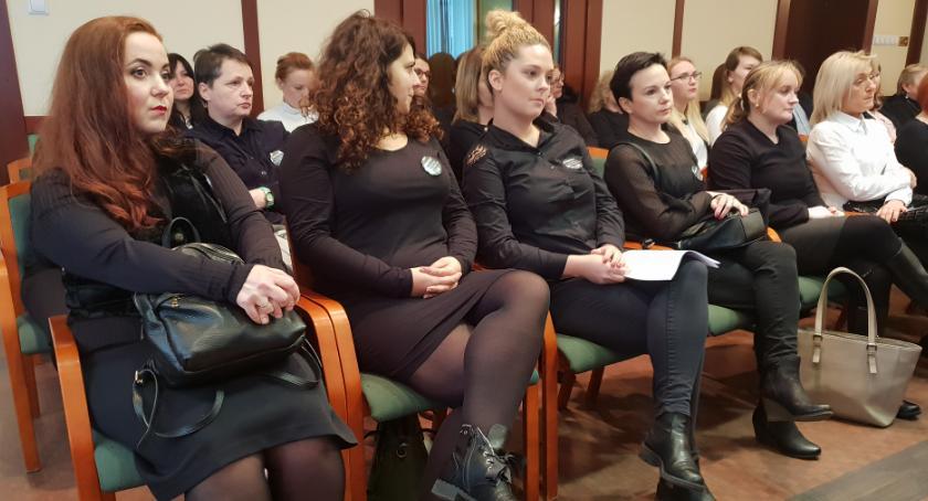 Samorząd, Radni uchwalili prezydent Kiedy podwyżki - zdjęcie, fotografia