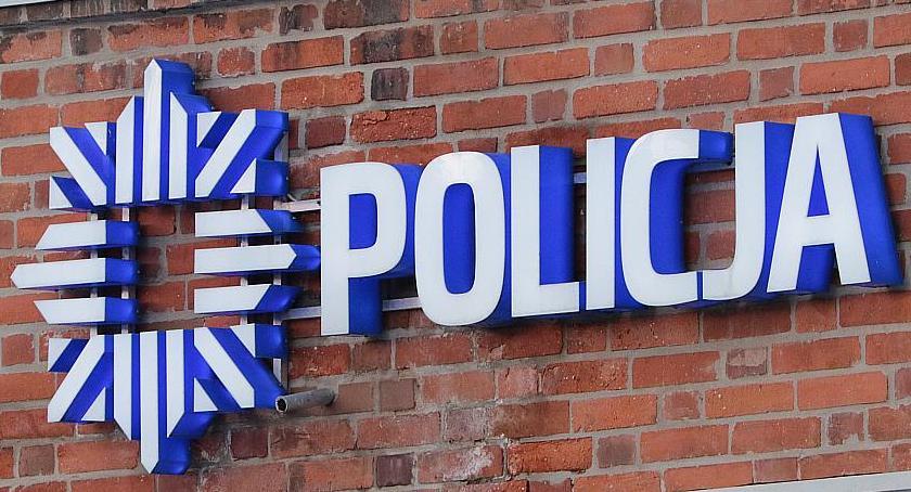Komunikaty Policji, Zrobił zakupy skradzioną kartą Teraz zapłaci sądzie - zdjęcie, fotografia