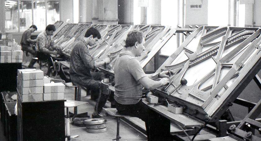 Zdjęcia Fabryka Fortepianów w Legnicy