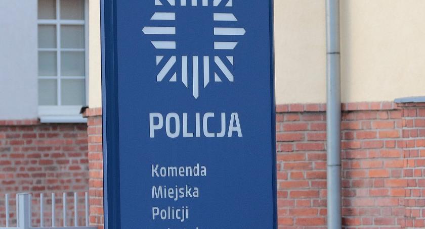 Komunikaty Policji, Szok! Legniczanka oddała oszustom oszczędności - zdjęcie, fotografia