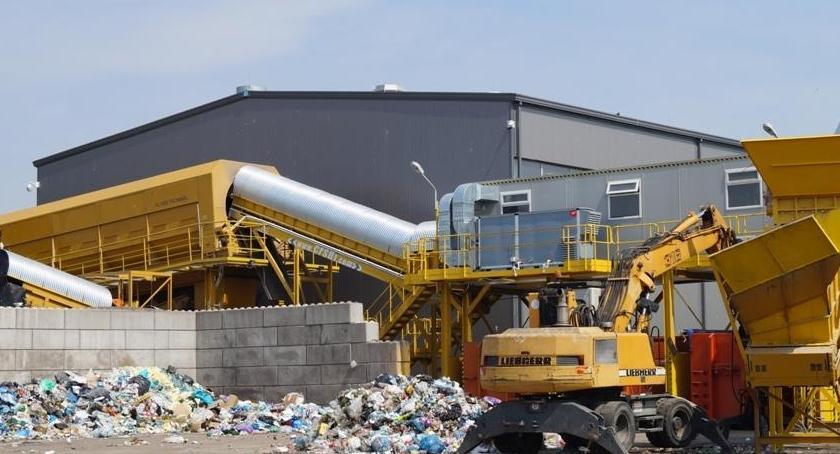 Gospodarka, poważny problem budową nowej sortowni odpadów - zdjęcie, fotografia