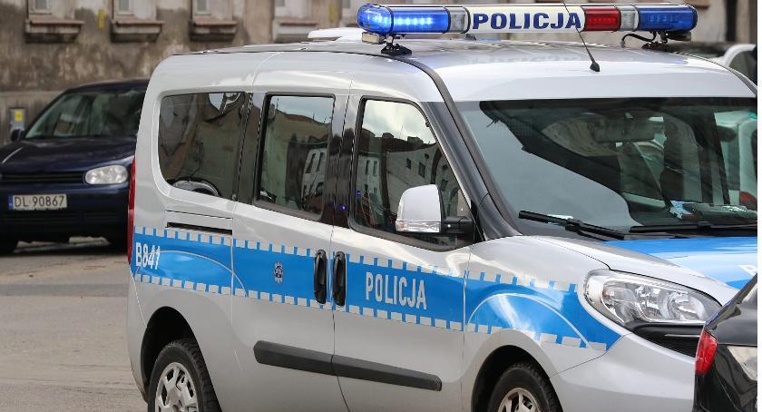 Komunikaty Policji, wtorek policjanci będą zwracać szczególną uwagę pieszych - zdjęcie, fotografia