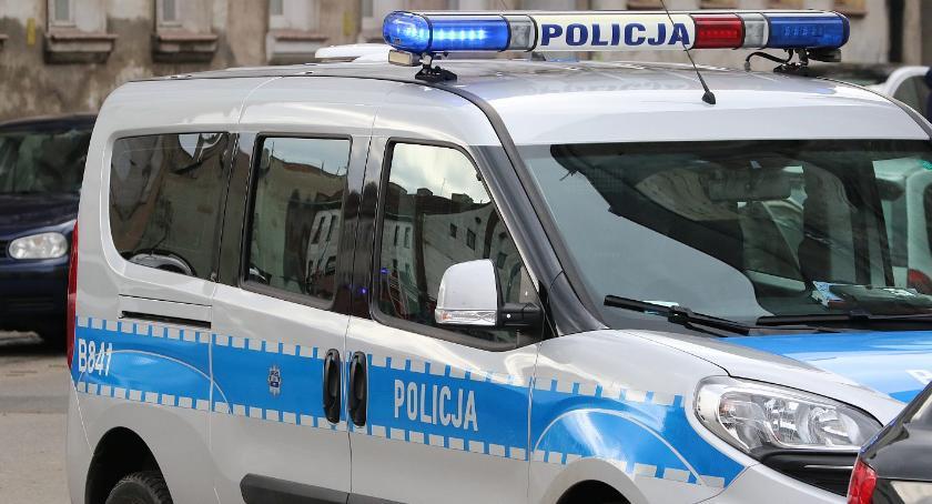 Komunikaty Policji, letnia dilerka Legnicy może pójść więzienia - zdjęcie, fotografia