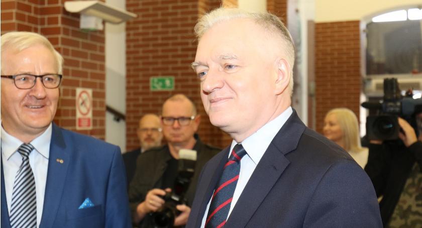 Wicepremier Gowin na legnickiej PWSZ.