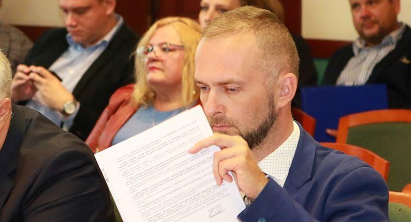 """Wydarzenia, Duszkiewicz Tendencja wśród strajkujących nauczycieli wzrostowa"""" - zdjęcie, fotografia"""