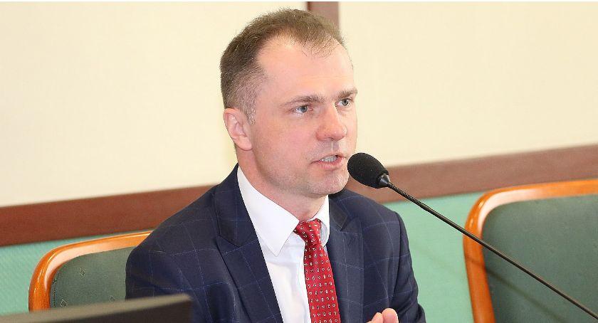 Samorząd, miejskiej prezydenta miliony złotych - zdjęcie, fotografia